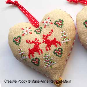 Coeurs de No�l, broderie point de croix, cr�ation Marie-Anne R�thoret-Melin