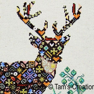 Deer-in-patches, le cerf en patch, grille de broderie, cr�ation Tam's Creations