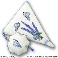 Etui ciseau Bouquet de lavande - grille point de croix - création Faby Reilly