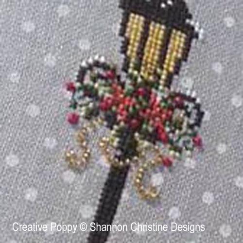 grille de point de croix  Lady Victorienne de Shannon Christine Wasilieff , brodé sur une toile de lin préimprimée (détail)