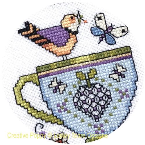 Lesley Teare Designs - Grille Mystère 2021 - Les tasses de porcelaine