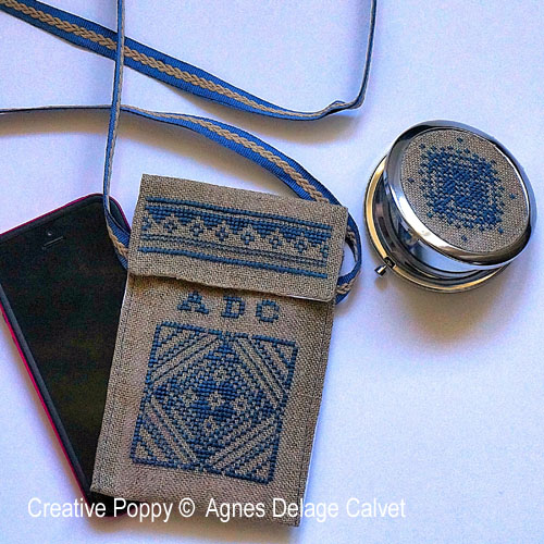 Miroir de poche et pochette pour téléphone, grille de broderie, création Agnès Delage-Calvet