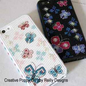 Papillons, coques pour iPhone, grille de broderie, création Faby Reilly
