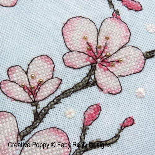 Coussin Cerisier du Japon, grille de broderie, création Faby Reilly