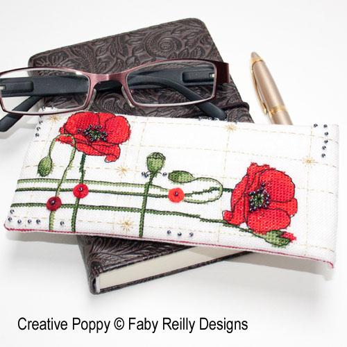 Etui à lunettes coquelicots, grille de broderie, création Faby Reilly