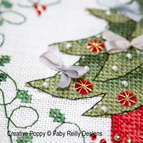 Tambours Tambours Sapin et Flocon, grille de broderie, création Faby Reilly