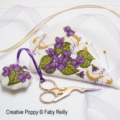 Etui à ciseaux Violette, grille de broderie, création Faby Reilly
