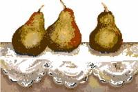 Trois poires sur une dentelle