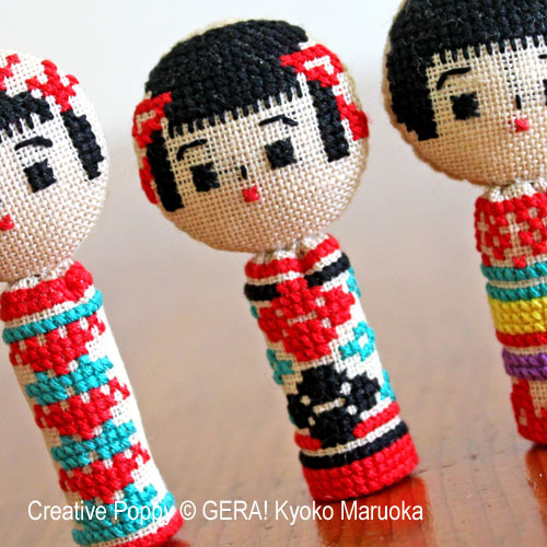 5 poupées kokeshi broderie point de croix, création Kyoko Maruoka GERA!, zoom2