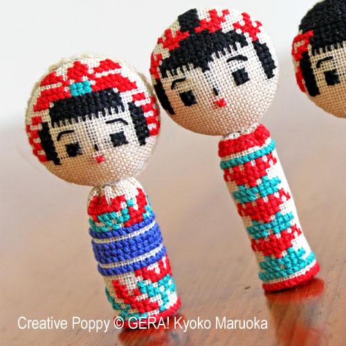 5 poupées kokeshi broderie point de croix, création Kyoko Maruoka GERA!, zoom1