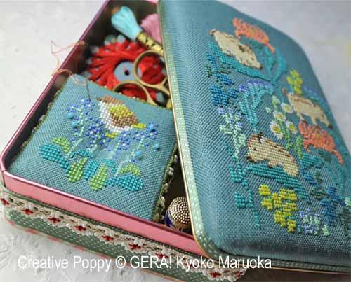 Motifs boite couture: marcassins et fleurs du Japon, grille de broderie, création GERA! Kyoko Maruoka