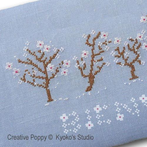 Bienvenue Printemps (Il neige de pétales de fleurs) broderie point de croix, création Kyoko's Studio, zoom2