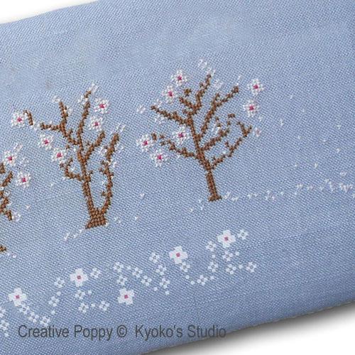 Bienvenue Printemps (Il neige de pétales de fleurs) broderie point de croix, création Kyoko's Studio, zoom3