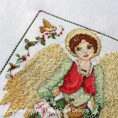 Ange de Noël, grille de broderie, création Lesley Teare
