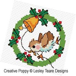 Couronnes de Noël aux oiseaux, grille de broderie, création Lesley Teare