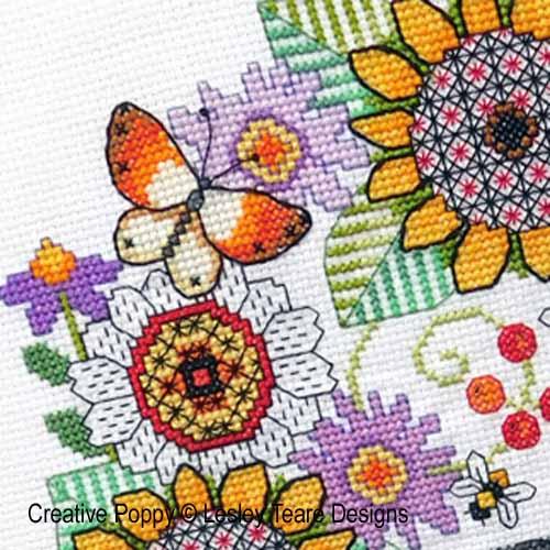 Fleurs en Blackwork au chardonneret, grille de broderie, création Lesley Teare