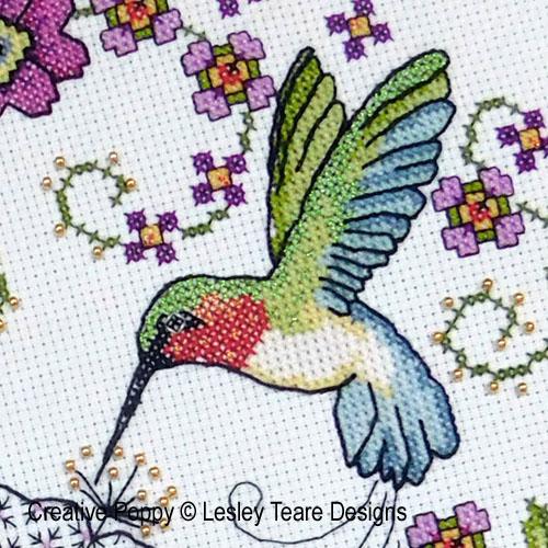 Lesley Teare - Hibiscus et colibri, zoom 1 (grille de broderie)