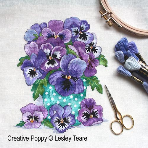 Lesley Teare - Bouquet de pensées (grille de broderie point de croix)