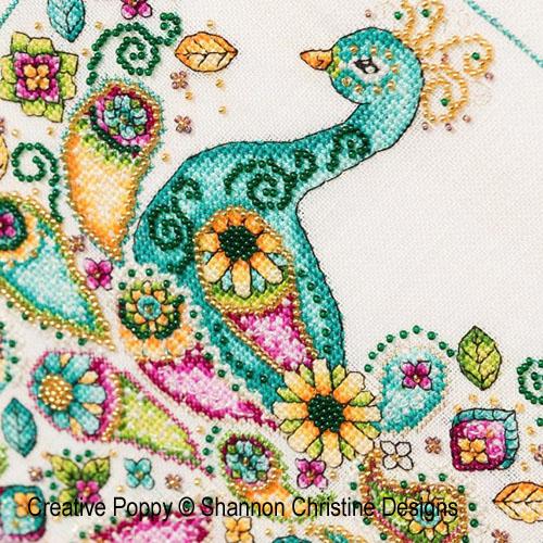 Paon motif cachemire (Paisley Peacock) broderie point de croix, création Shannon Christine Wasilieff, zoom3