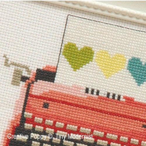 La machine à écrire rose, grille de broderie, création XXX